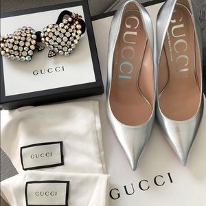 Gucci Metallic Pump with Crystal Heart